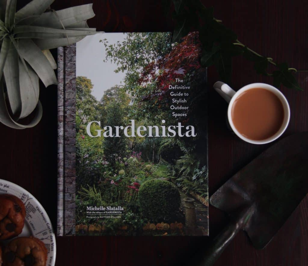 Gardenista Book | List of Gardening Books - The Best Ones! | from Home for the Harvest | www.homefortheharvest.com