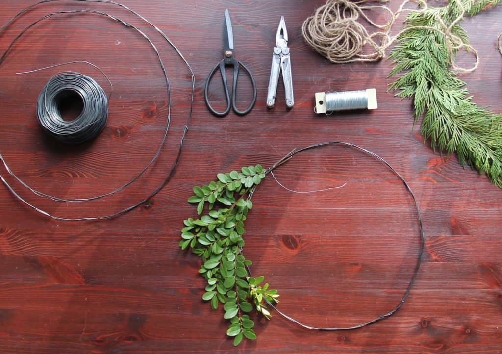 Simple Fresh Holiday Wreaths Tutorial   Home for the Harvest