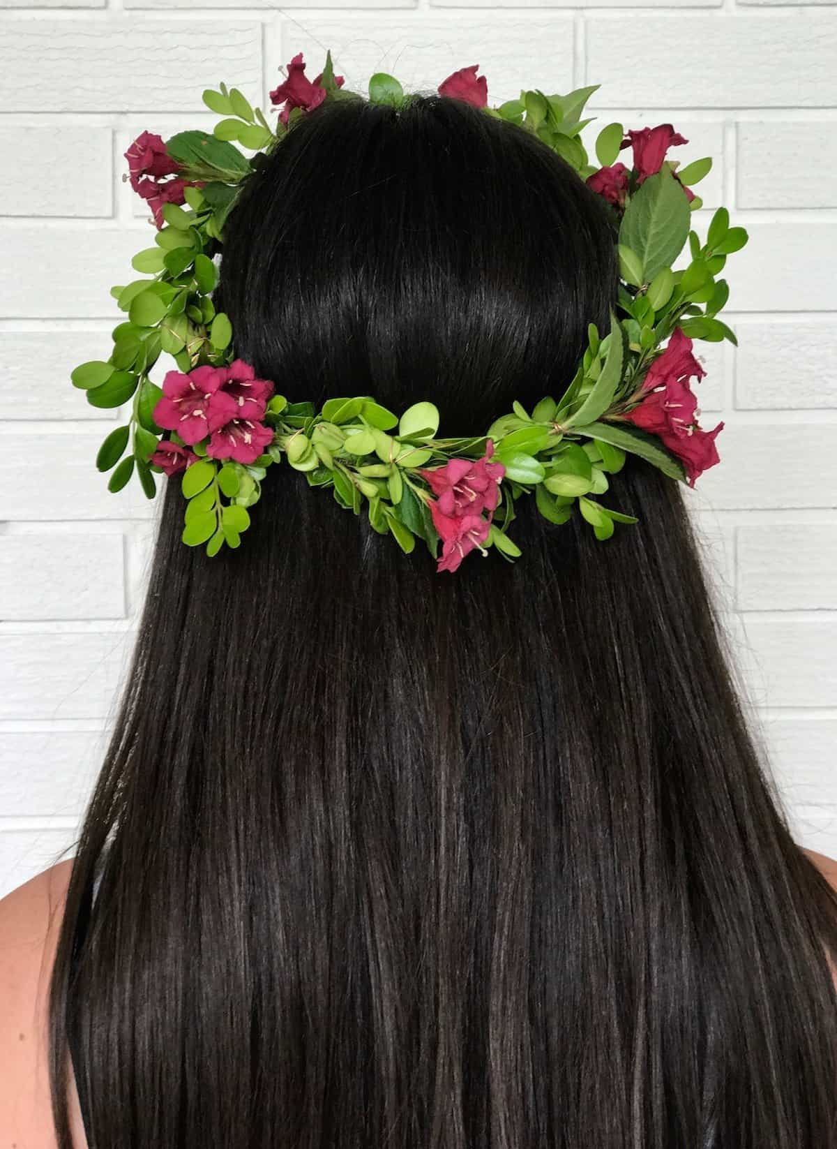 How to Make a Flower Crown with Real Flowers