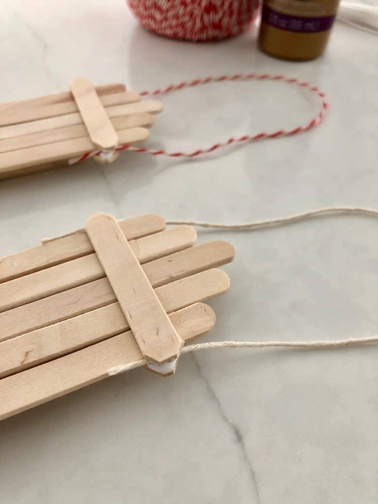 Glued in string loop drying