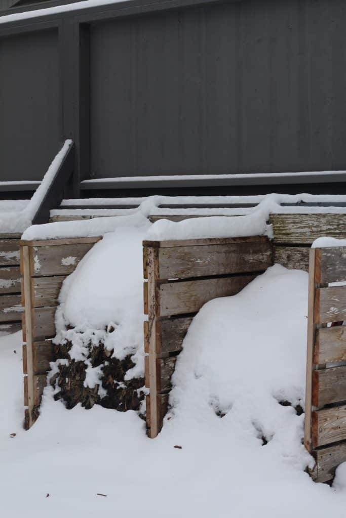 Winter Composting Tips and Ideas to Compost Successfully in the Winter