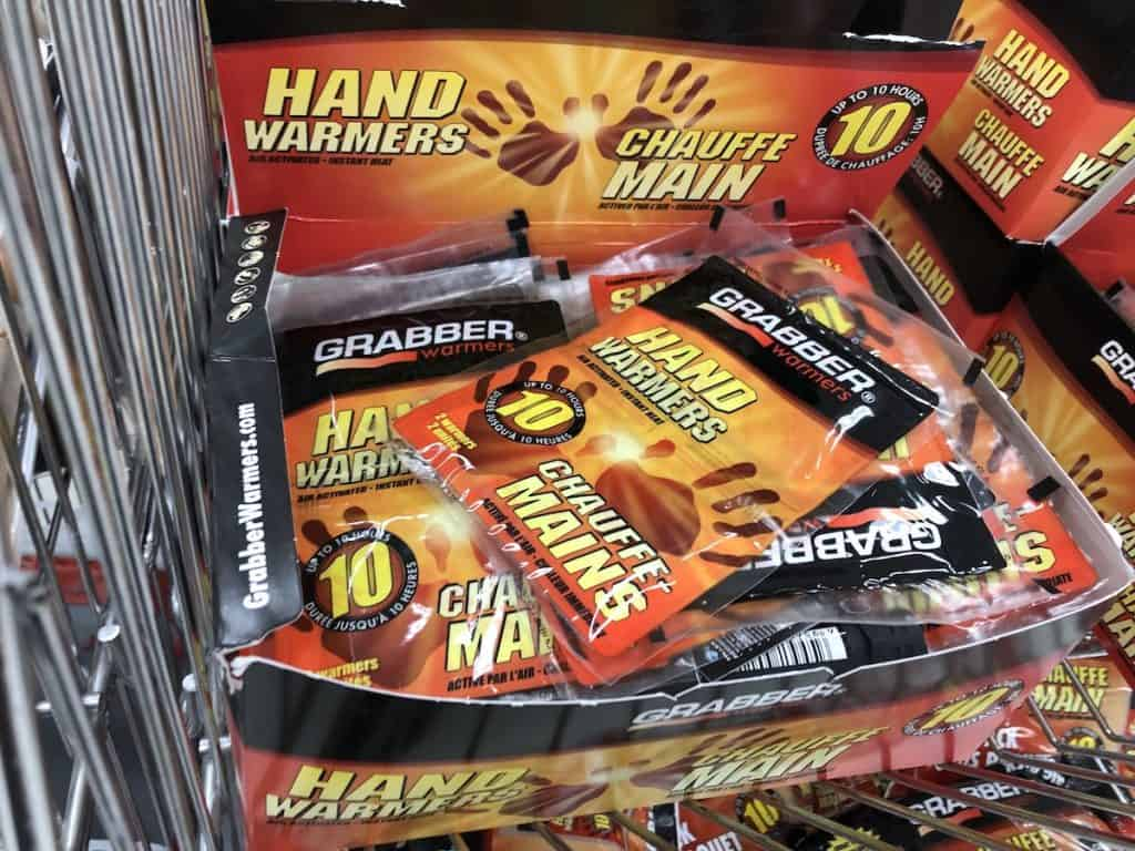 Hand warmers for bird feeding in winter