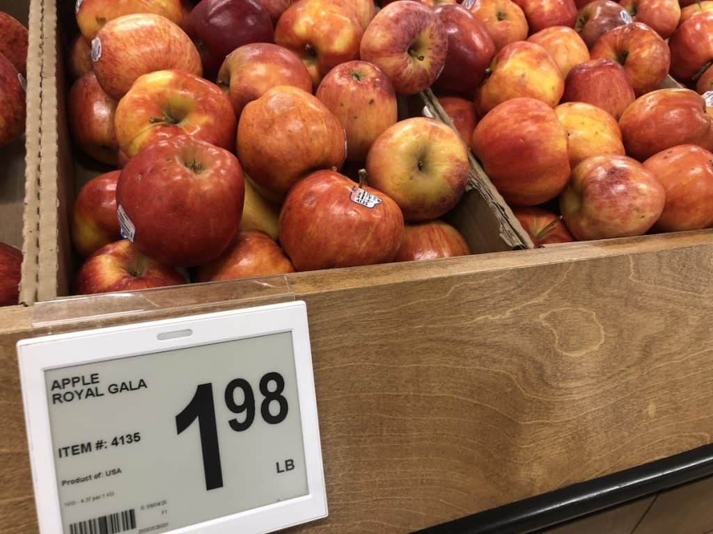 Price tag for gala apples - 2 dollars per pound